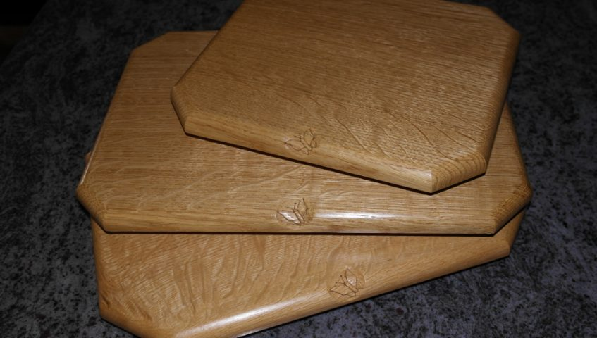 Solid Oak Chopping Boards/Cheese Board/ Desert Board Handmade Bespoke Personalised Gifts