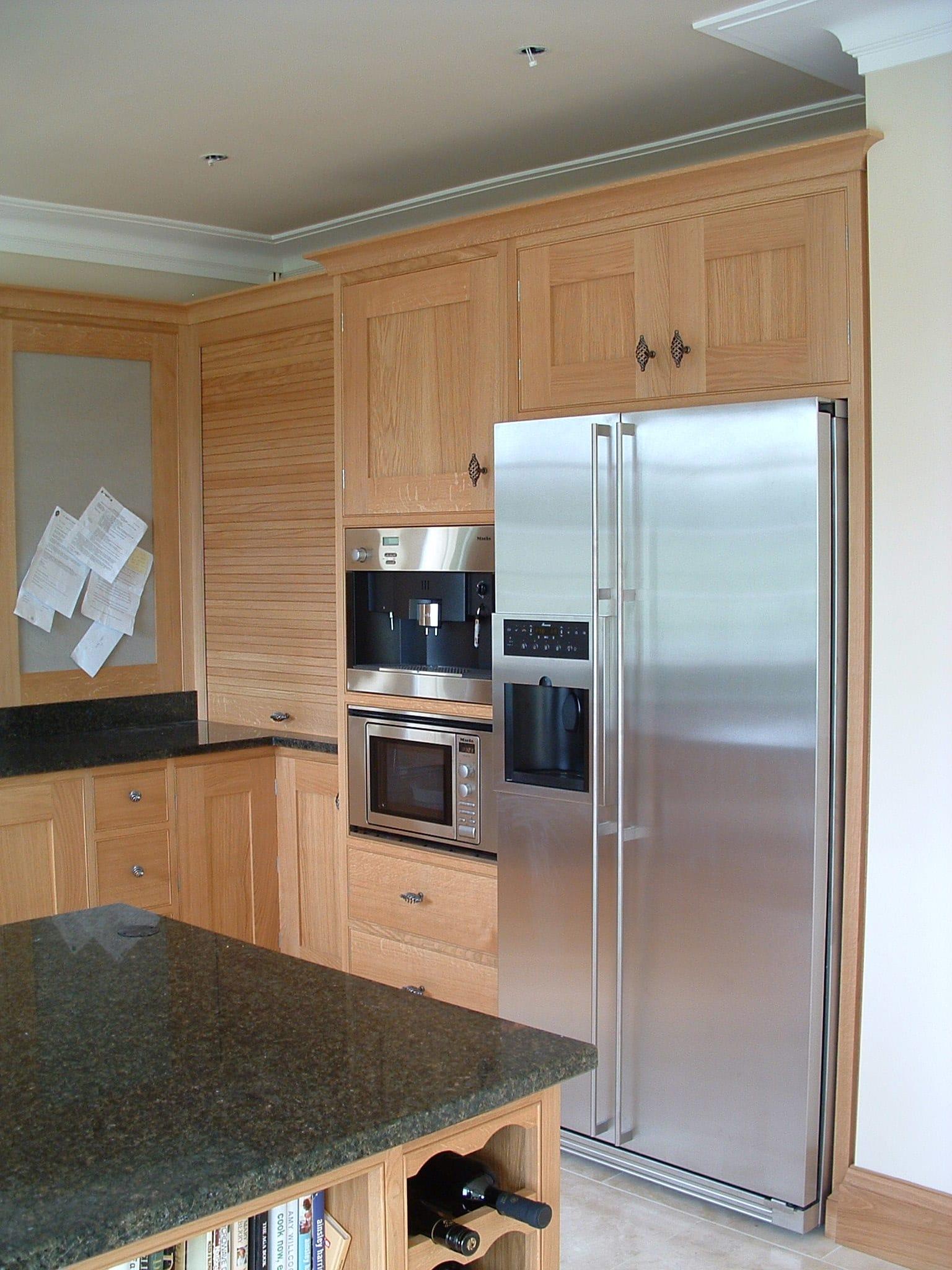 Oak Kitchen With Granite Tops