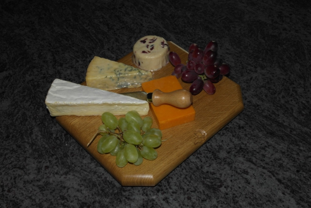 Solid Oak Chopping Board/Cheese Board/Desert Board Handmade Bespoke Personalised Gifts