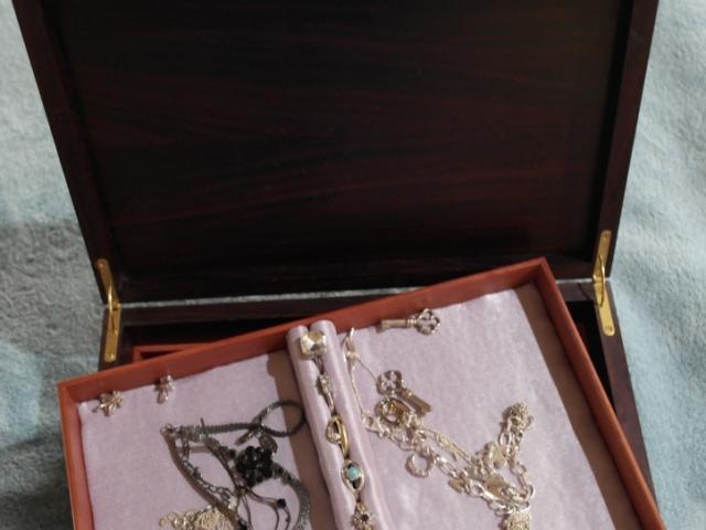 Solid Rosewood Jewellery Box Handmade Bespoke Personalised Gifts